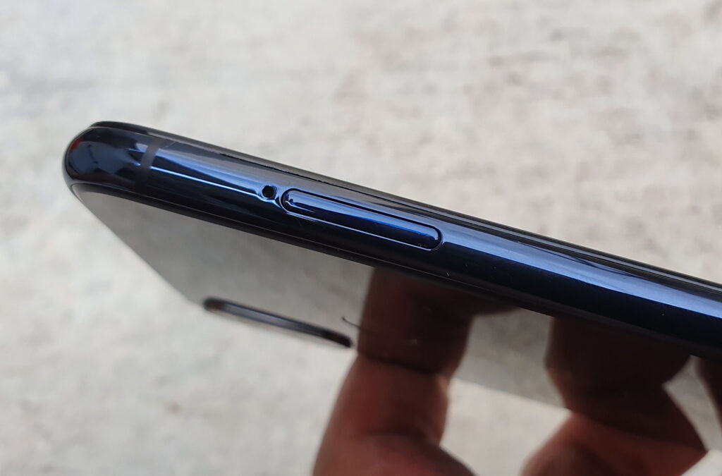 Wiko View3 Review - Beautifully Designed Mid Range With Great View