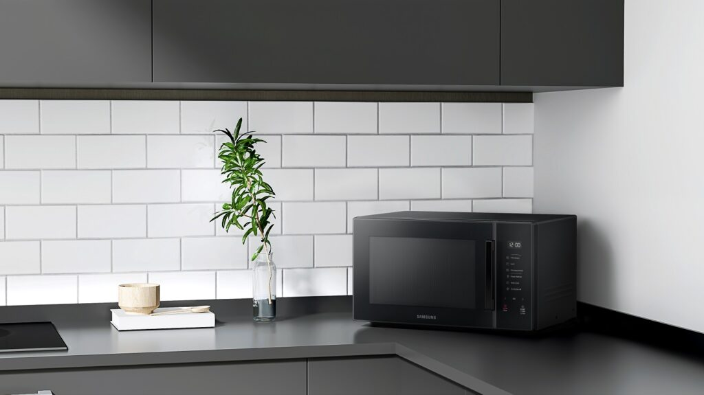 Samsung Adds a Touch of Colour and Style to the Modern Kitchen with New Microwave Oven Line-up