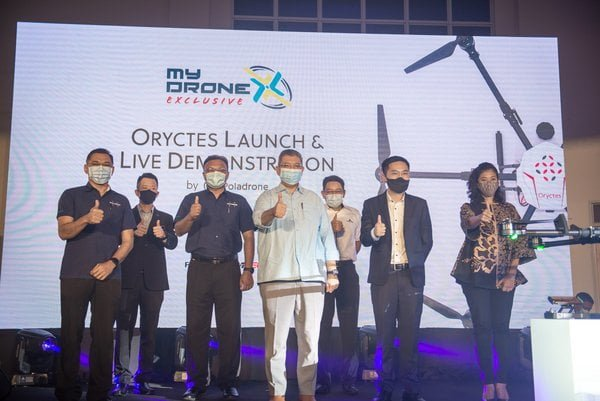 "Malaysian Drone Company Poladrone Launches ""Oryctes"" - World's First Precision Drone For Oil Palm Plantations"