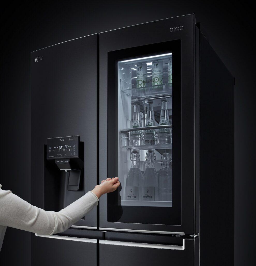 New LG InstaView Refrigerators Demonstrate Hygiene Innovation