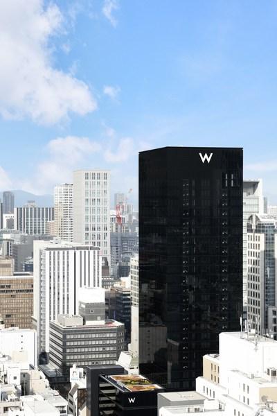 W Osaka asserts its presence in the city's busy urban streetscape with a black monolith façade designed by Osaka-born, world-renowned architect Tadao Ando.