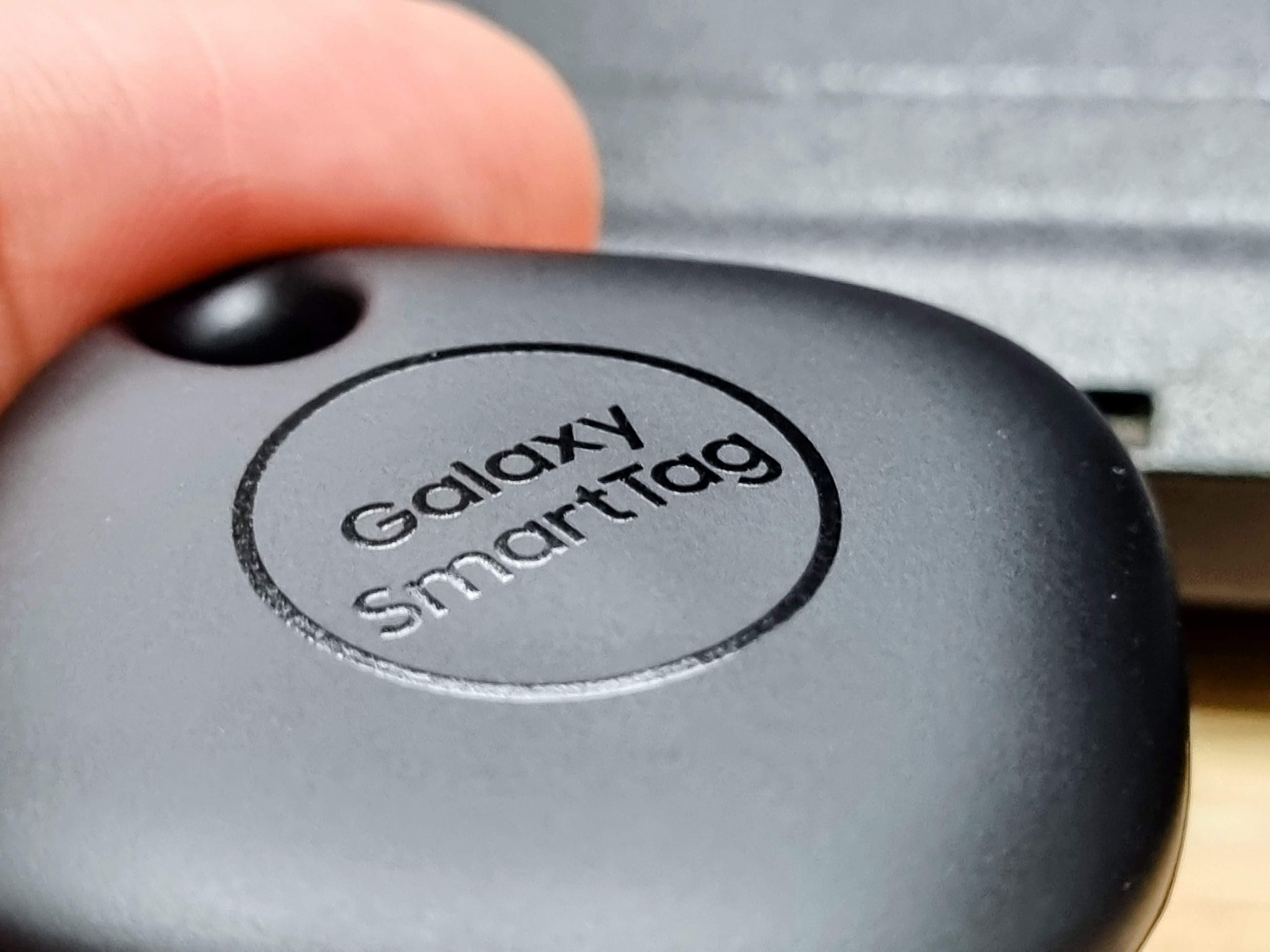 Samsung Galaxy SmartTag Review - Things Don't Get Lost Anymore