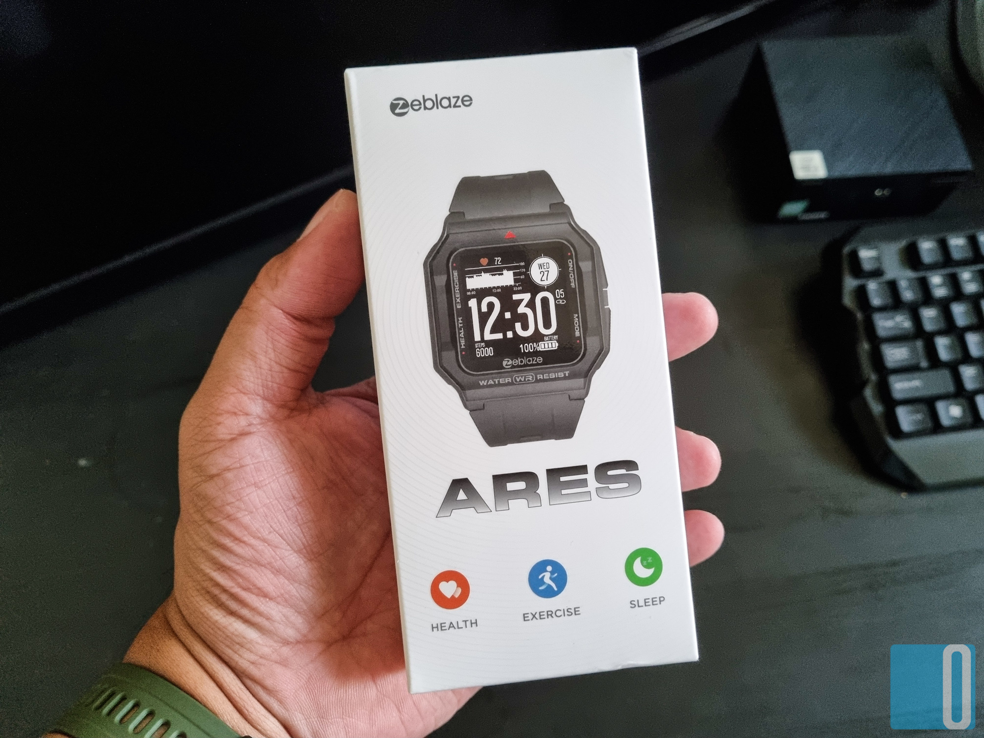 ZeBlaze Ares Smartwatch Review - A Stylish Retro Wearable On Your Wrist