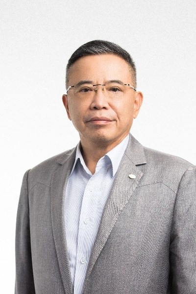 Chairman and CEO of TCL Li Dongsheng Awarded 2021 'David Sarnoff Industry Achievement Award'