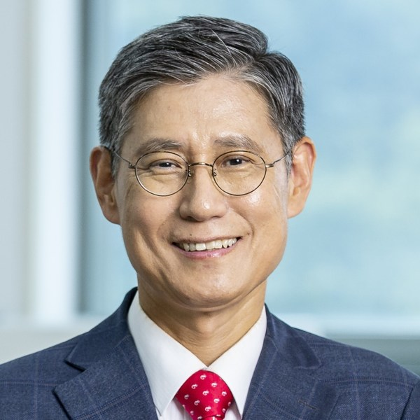 Dr. Sang-il Park, Founder & CEO Park Systems