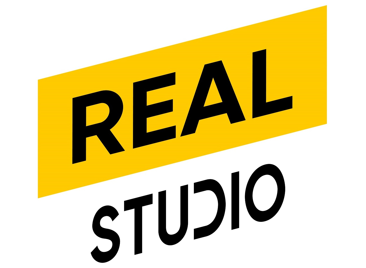 Checkout the Latest Fashion Trends at the First realstudio in Malaysia