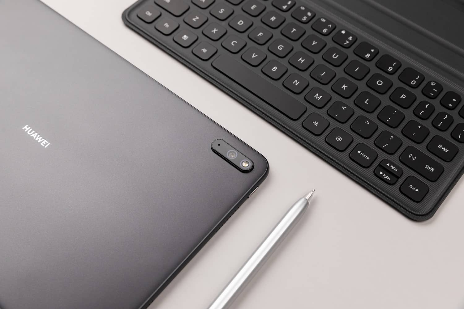 Last Chance: Pre-Order HUAWEI MatePad 11 and HUAWEI MateBook Variants, Freebies Worth Up To RM1,207